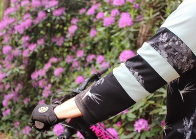 Sombrio women's MTB Pedigree floral jersey and Lily gloves
