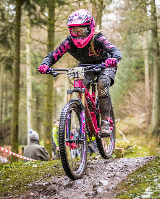 Flow MTB rider Korinne Shat at NDH's Ae Forest TT January 2017