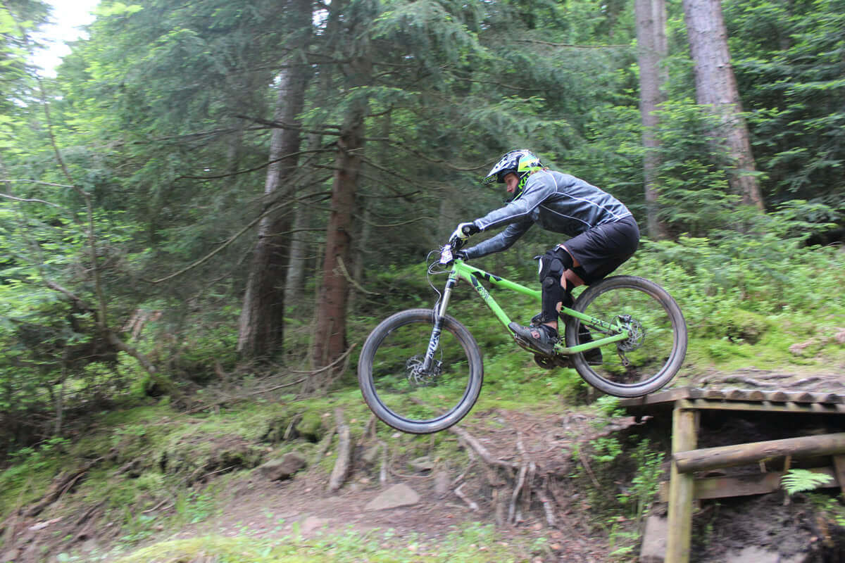 MTB Instruction - advanced skills - drop off