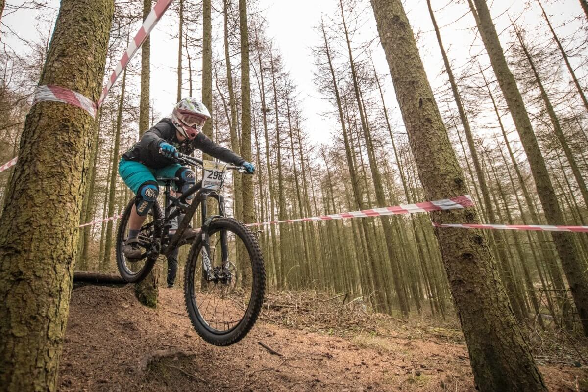 Flow MTB rider Rebecca in action at Racers Guild Stile Cop round 2