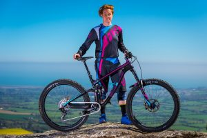 flow mtb rider michelle muldoon entered the second round polygon grass roots enduro