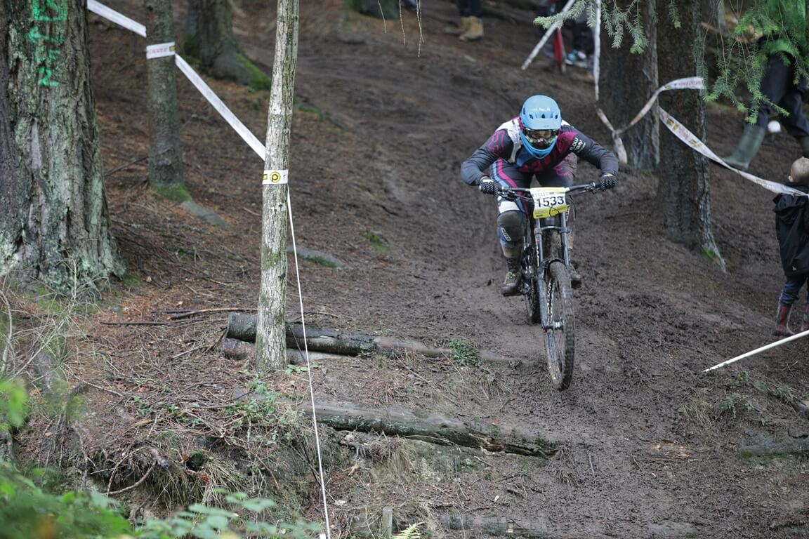 Flow MTB Rider Rebecca Smith Pearce Downhill Series Bucknell