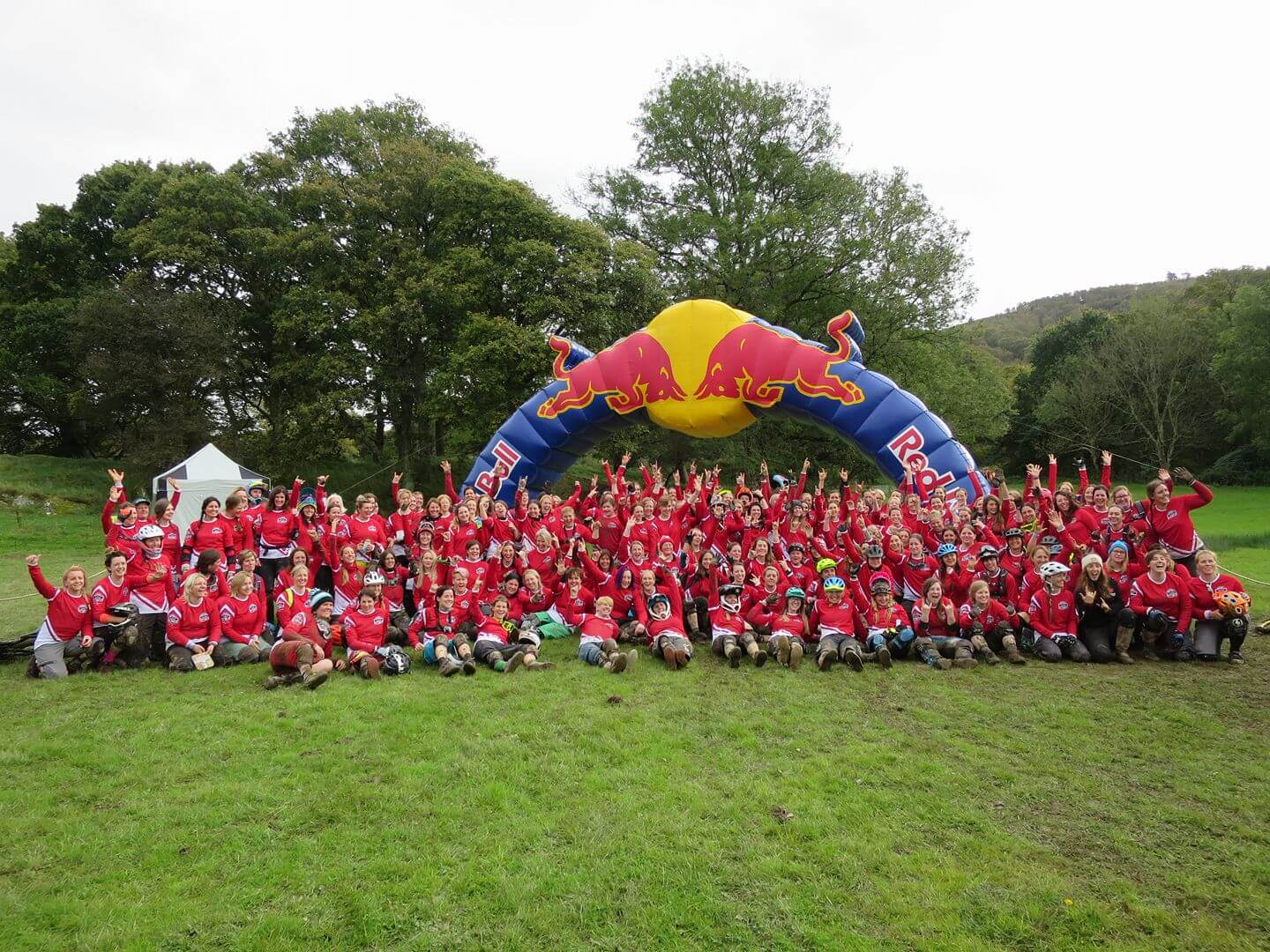 Flow MTB riders Rebecca and Kate at the 2017 Red Bull Foxhunt