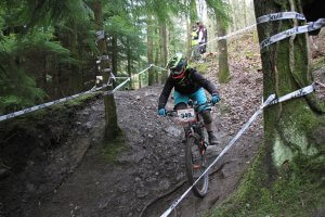 Flow MTB rider Emma Reader at the first round of the 2018 Onza Mini Downhill, Forest of Dean