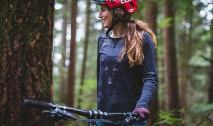 Dakine Xena womens long sleeve MTB jersey wolf graphic