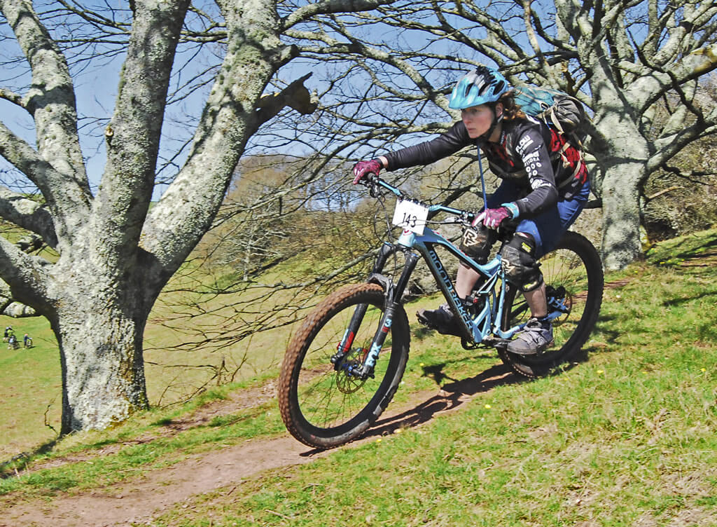 amy jones flow mtb Edge cycles Kernow Enduro Mount edgcumbe