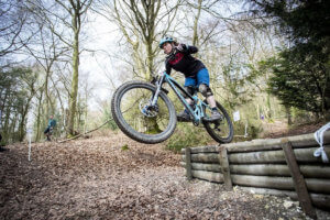 amy-jones-round-1-southern-enduro-2019-flow-mtb